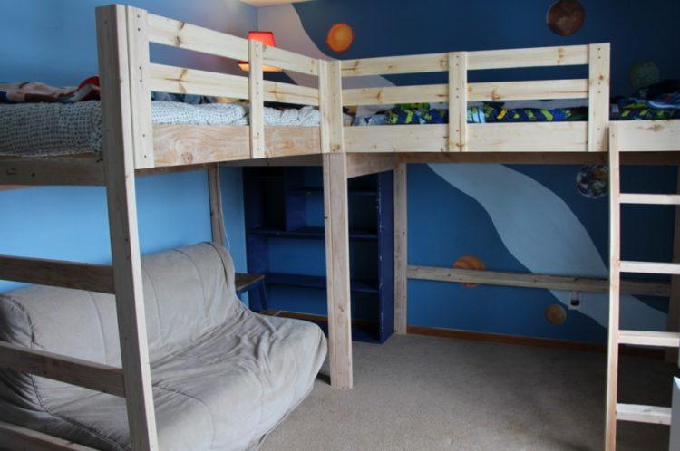 Built-In Bunk Beds Design