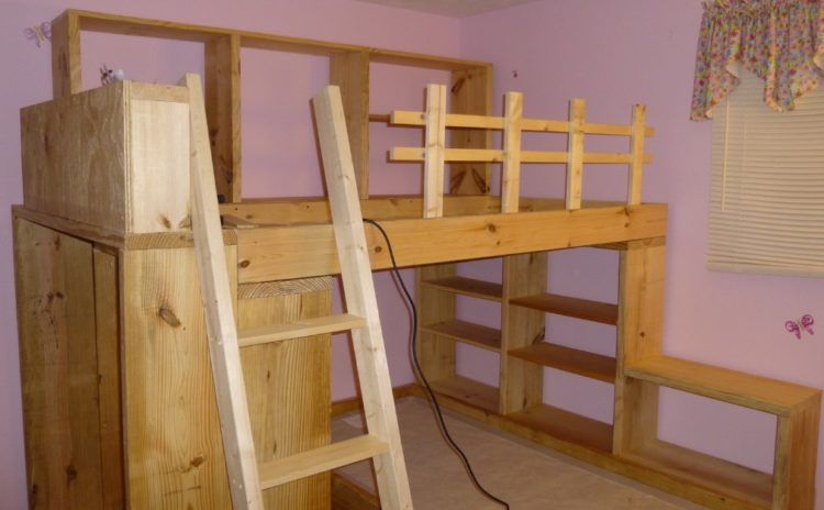 Awesome Built-In Bunk Beds