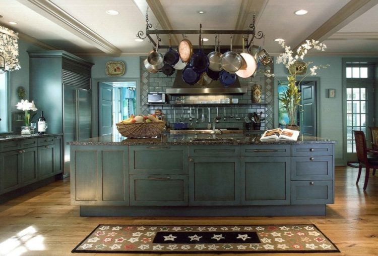 Living the Rusty Life with These Wonderful Rustic Looking Kitchen 10