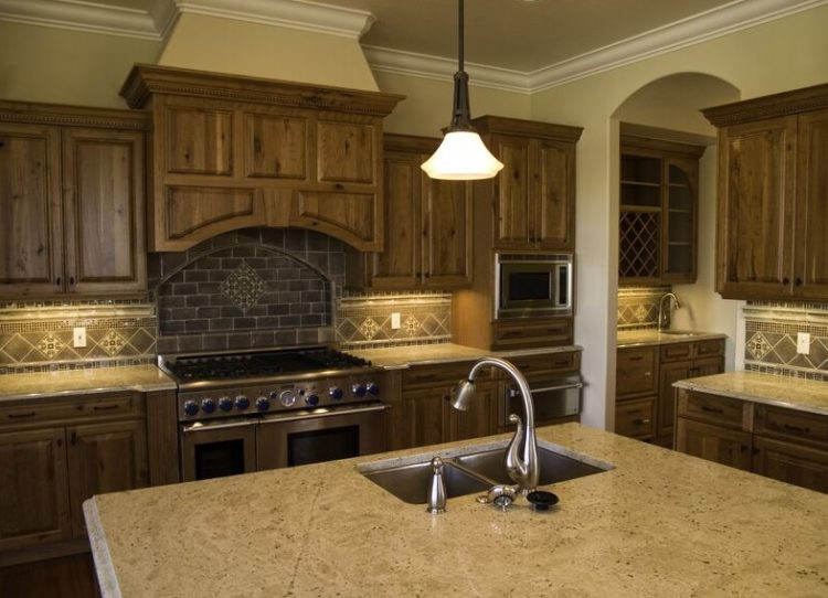 Living the Rusty Life with These Wonderful Rustic Looking Kitchen 12