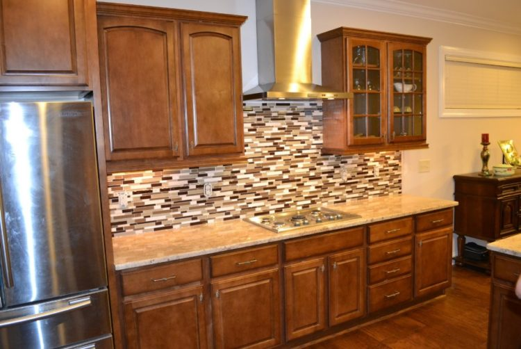 Comfort Cooking Experience with Eclectic Oak Kitchen Cabinets Design Ideas 5