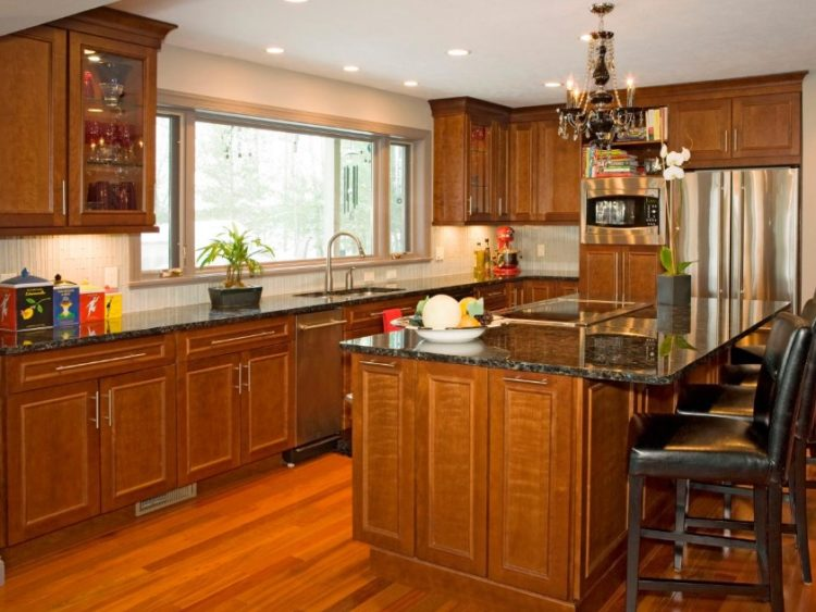 Comfort Cooking Experience with Eclectic Oak Kitchen Cabinets Design Ideas 7