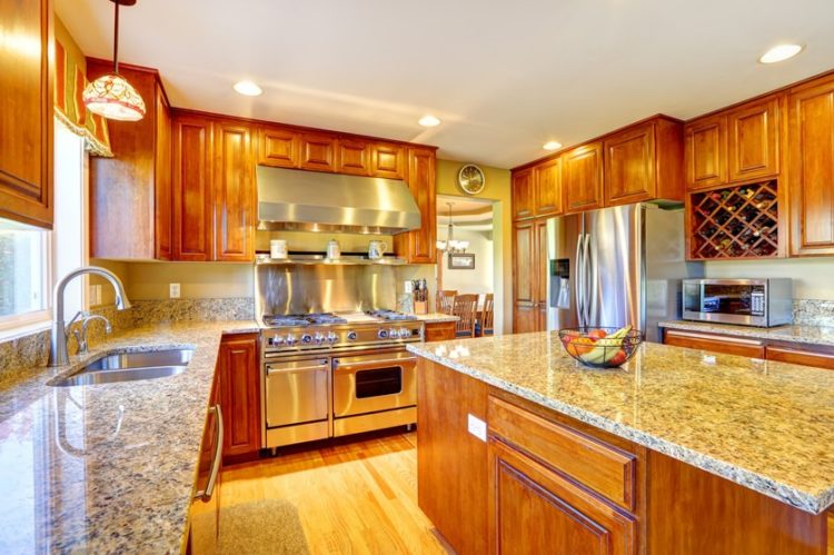 Comfort Cooking Experience with Eclectic Oak Kitchen Cabinets Design Ideas 2