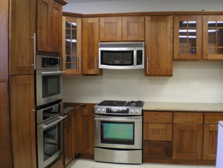 Comfort Cooking Experience with Eclectic Oak Kitchen Cabinets Design Ideas 6