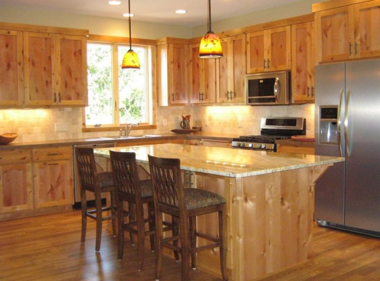 Living the Rusty Life with These Wonderful Rustic Looking Kitchen 7