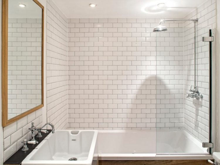 17 Awesome Subway Tile Shower to Beautify Your Bathroom 6