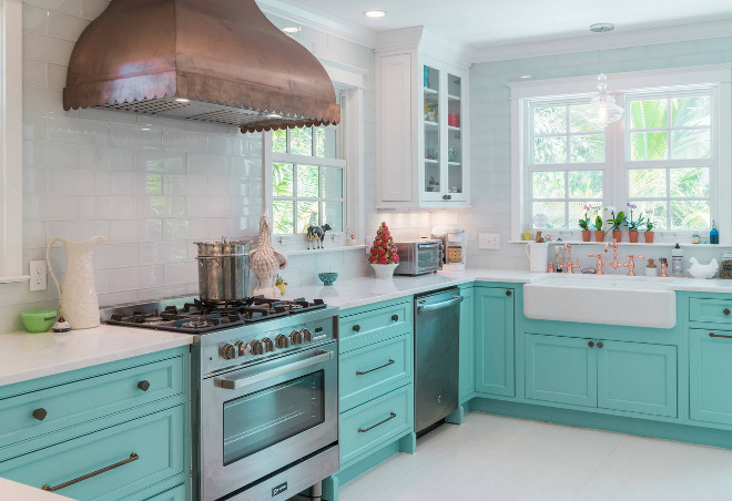 Bold Turquoise Kitchen Cabinet Design