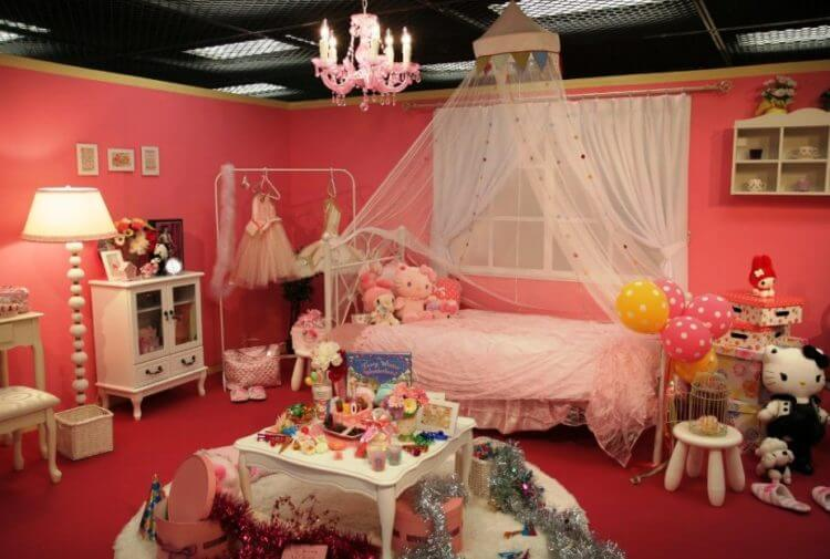 Hello Kittybedroom