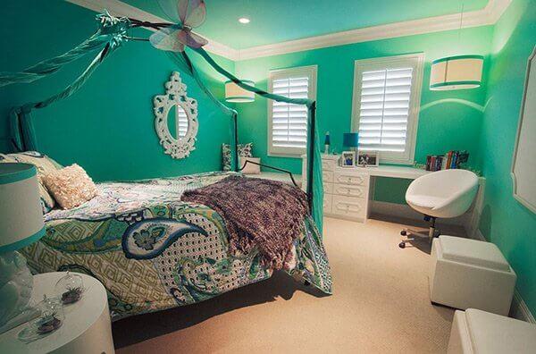 Shabby Turquoise Bedroom Inspiration
