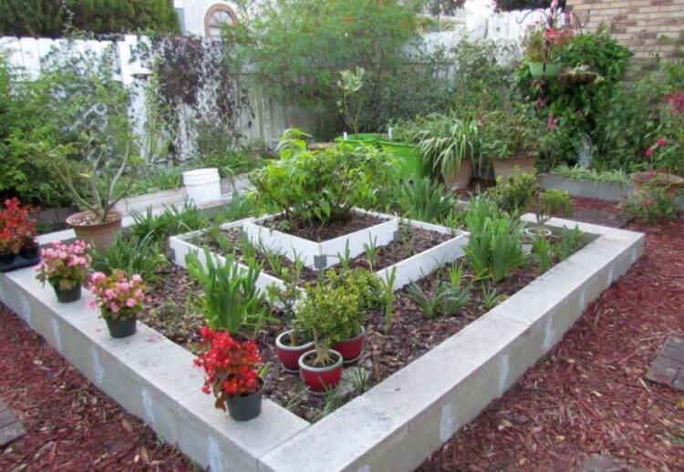 Enchantingly Beautiful Cinder Block Ideas That Can Use For
