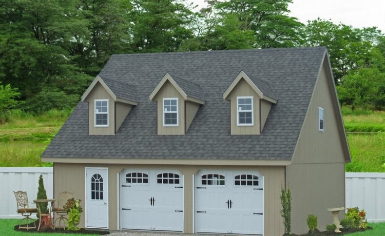 Homes with Detached Garage
