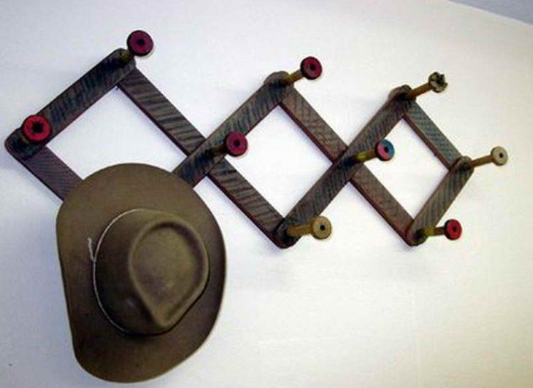 Rack for hat design