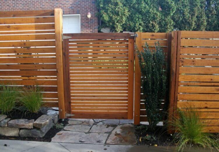 Pallet Fence Ideas 5