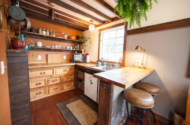 Tiny House Kitchen 12