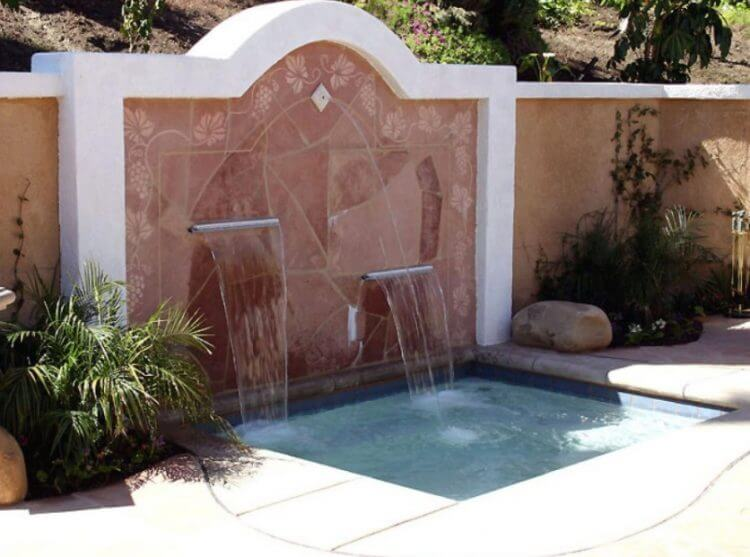21 Backyard Wall Fountain Ideas to Wow Your Visitors 7