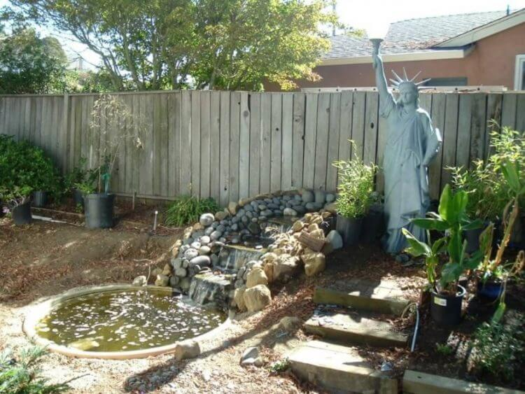 21 Backyard Wall Fountain Ideas to Wow Your Visitors 15
