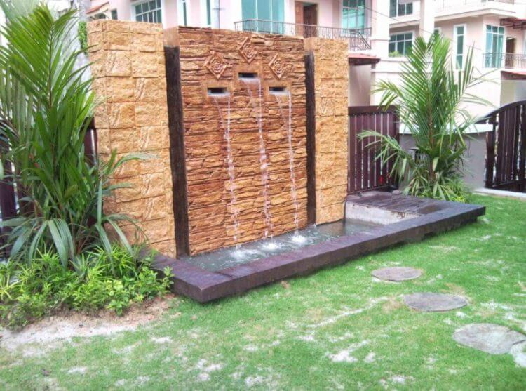 21 Backyard Wall Fountain Ideas to Wow Your Visitors - TSP ... on Backyard Feature Walls id=57866