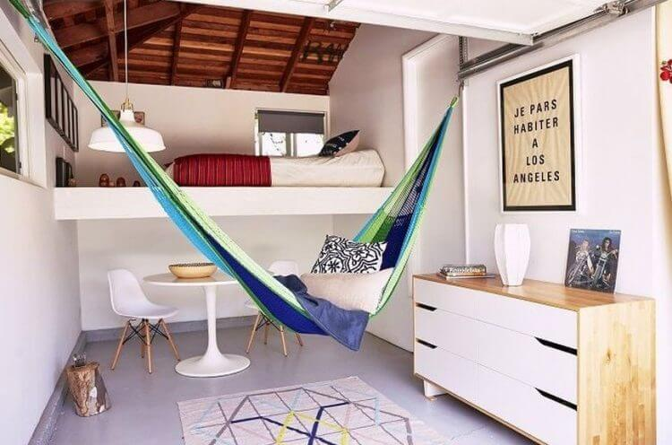 21 Brilliant Hammock Ideas for a Laid-Back Staycation 3