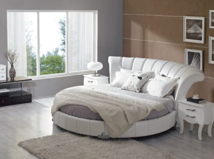 10 Exquisite Modern and Classic Round Beds for Your Sleep Space 4