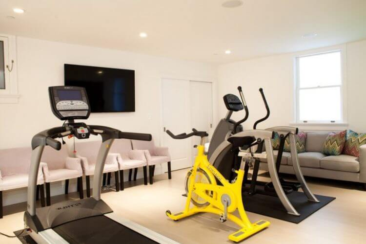 23 Best Home Gym Room Ideas For Healthy Lifestyle 21