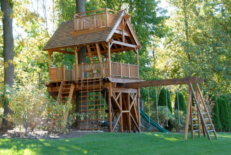 Simple Treehouse Design Only For Kids