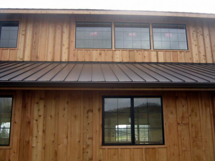 13 divine board batten siding ideas to steal everybody s for Metal board and batten siding