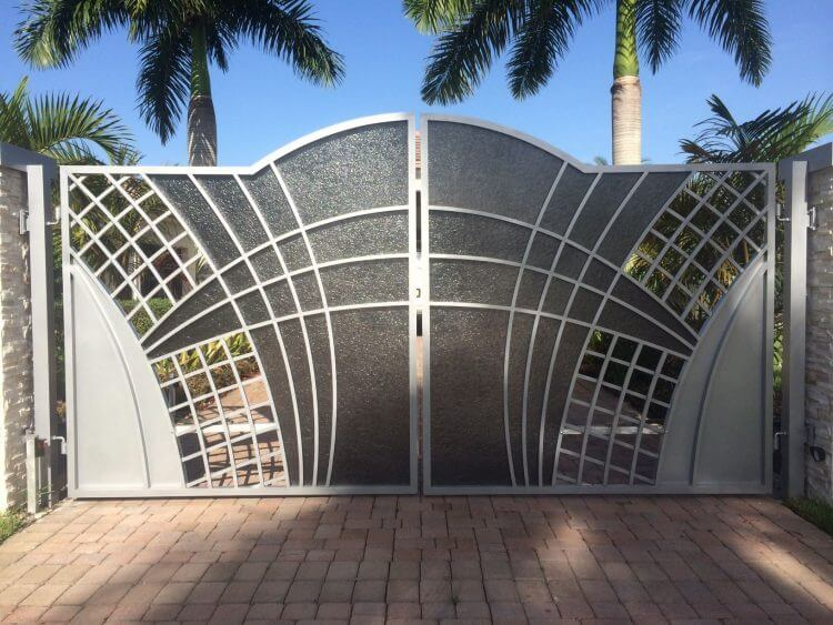 How Make Your Driveway Gates Look Fascinating in Simple Ways 1