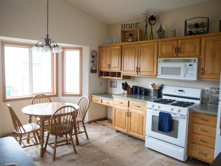 6 Small Kitchen Remodel Ideas that Spruce Your Kitchen Up 1