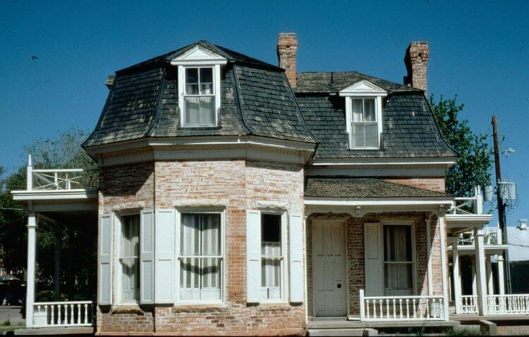Everything You Have to Know About Mansard Roof - TSP Home ...