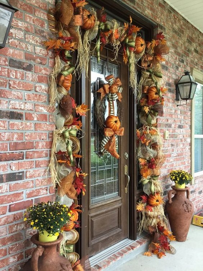 3 Easy Autumn Designing Suggestions For Your Porch 3