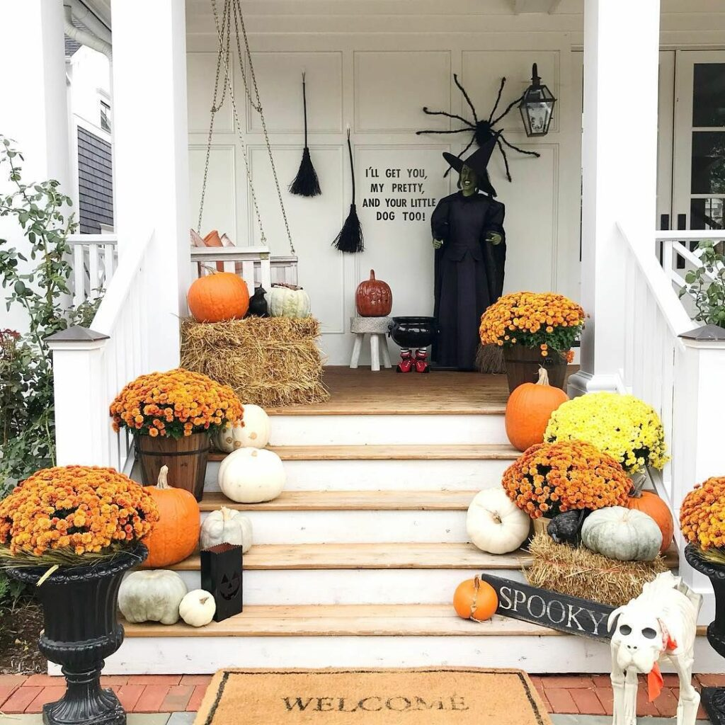 3 Easy Autumn Designing Suggestions For Your Porch 1