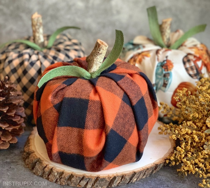 8 Tips of Autumn Decorations For Good Mood 10