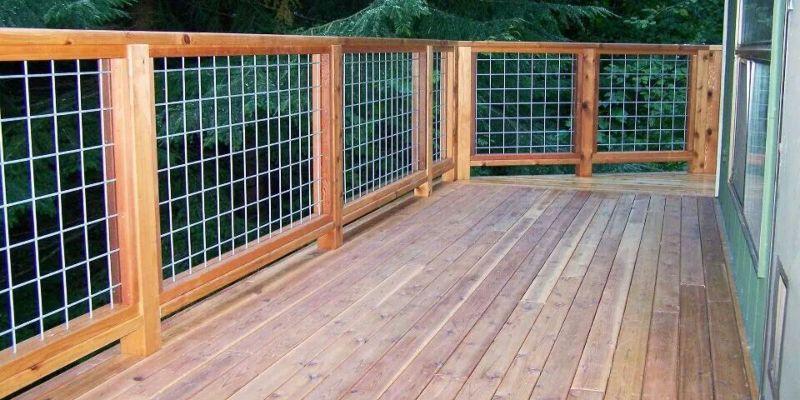 Hog Wire Fence 2
