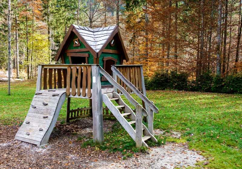 Build a Simple Treehouse