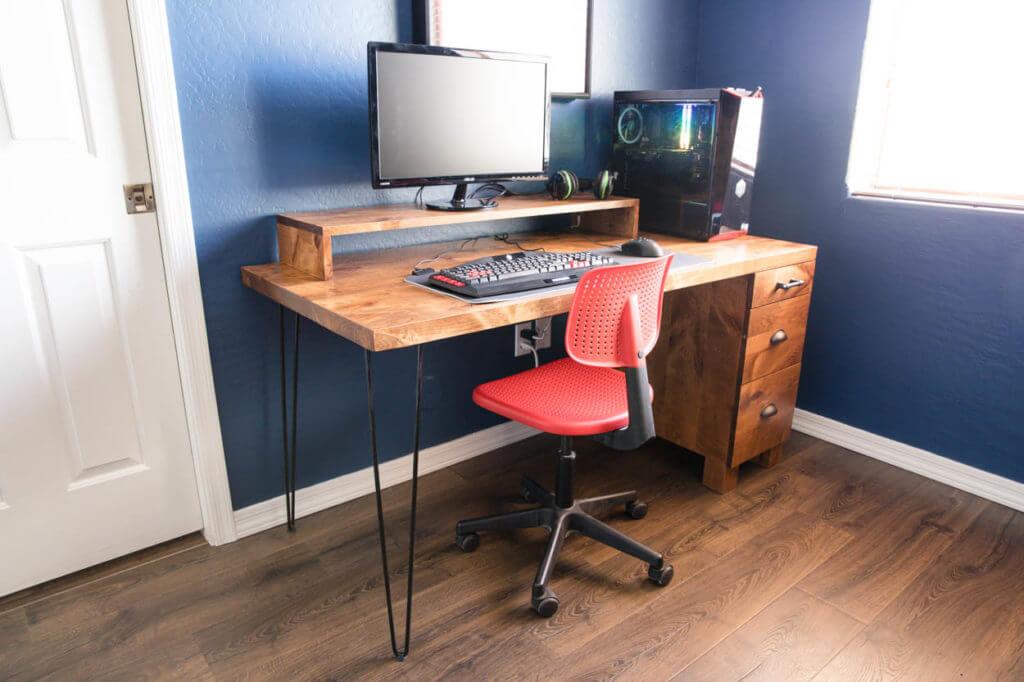 DIY Gaming Computer Desk With Storage