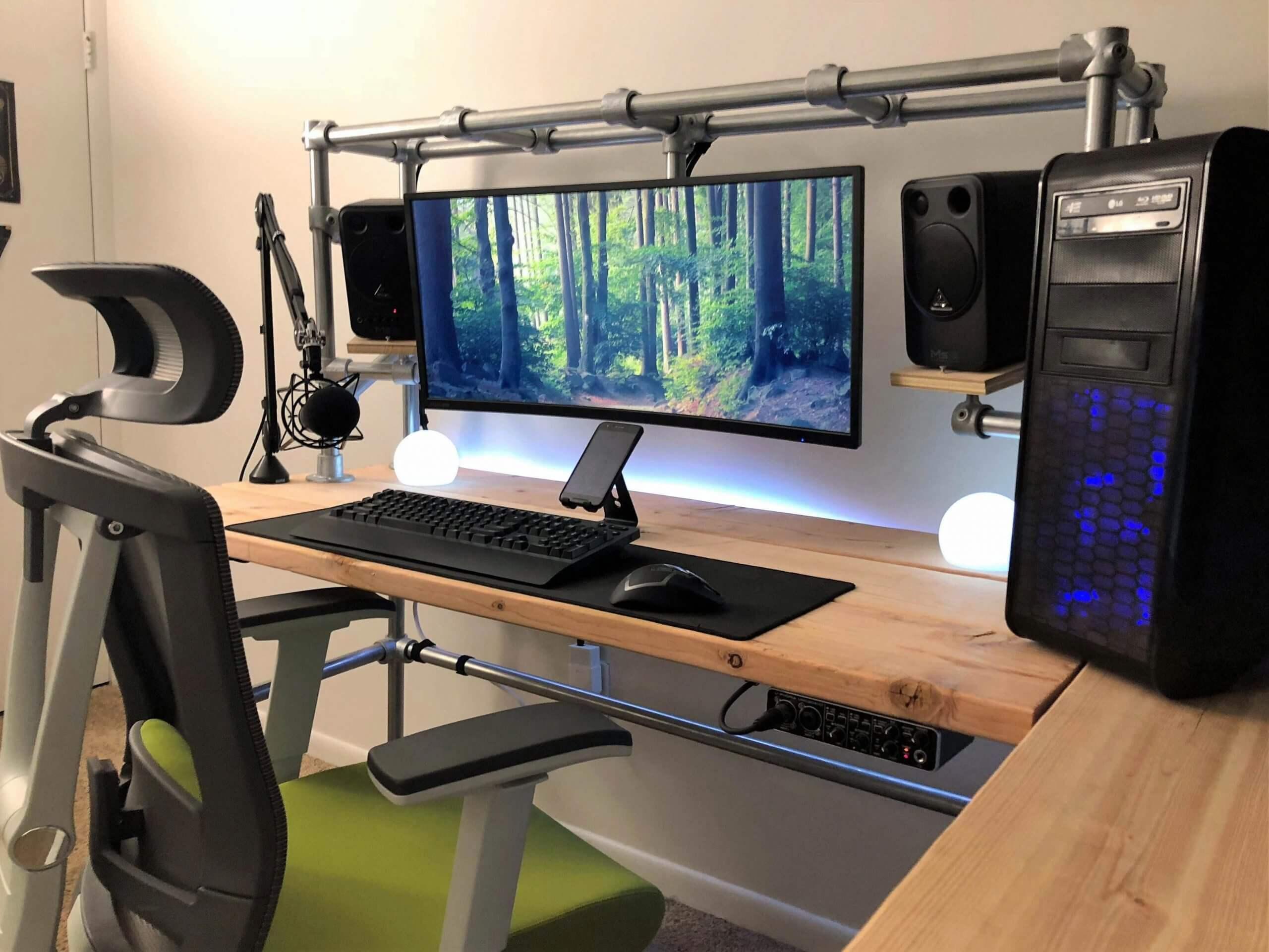 DIY Pipe Computer Desk
